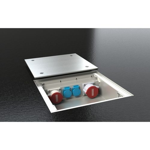 CEE Floor socket with lid to lay on (BT-4022)